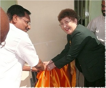 Rotary District Governors L. Narayanaswamy and Marlene Brown inaugurate the Vocational School, Gurukulum, a matching grant project in Tirupur, India