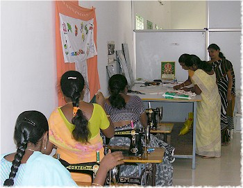 08 Gurukulum Vocational Training Center for girls and women in India, part of MG program with Rotary Districts 7150 and 3200